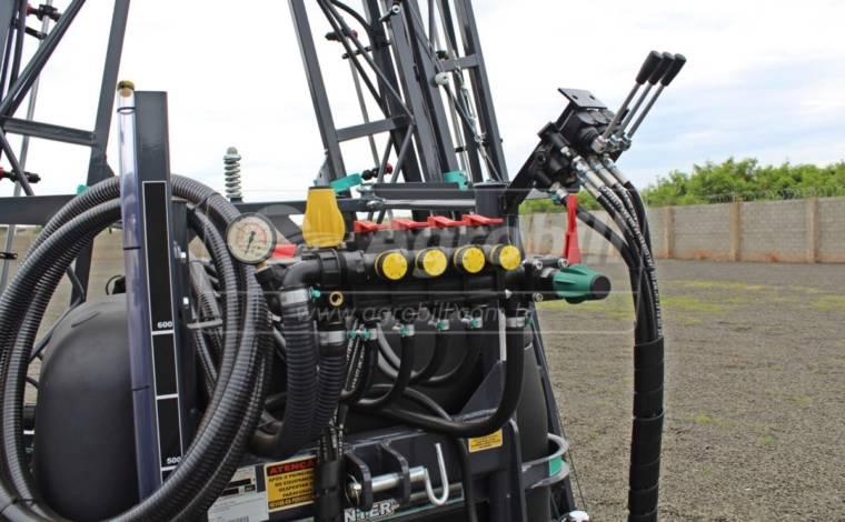 Pulverizador 600 Litros BH Três Dobras com Barras de 16M / Bomba JP 75 / Comando 4 vias /  Kit Reabastecedor – Panter > Novo - Pulverizadores - Panter - Agrobill - Tratores, Implementos Agrícolas, Pneus
