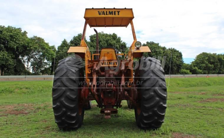 Trator Valmet 118 4×4 ano 1984 c/ Pintura original motor MWM 6 cc - Tratores - Valtra - Agrobill - Tratores, Implementos Agrícolas, Pneus