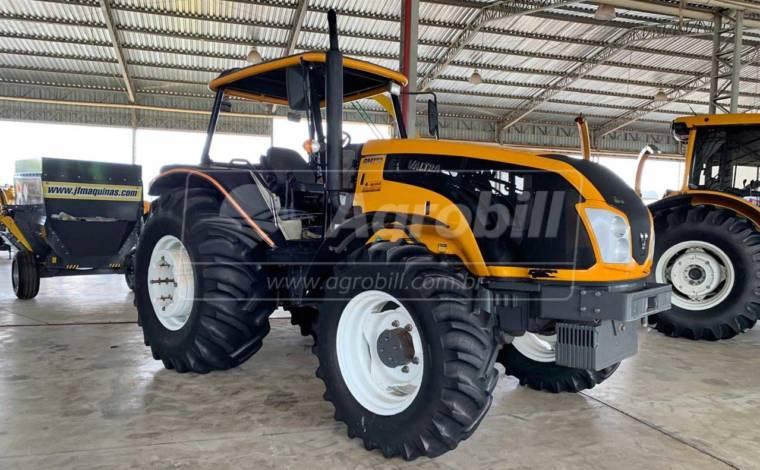 Trator Valtra BM 110 4×4 ano 2015 GIII c/ 1230 horas - Tratores - Valtra - Agrobill - Tratores, Implementos Agrícolas, Pneus