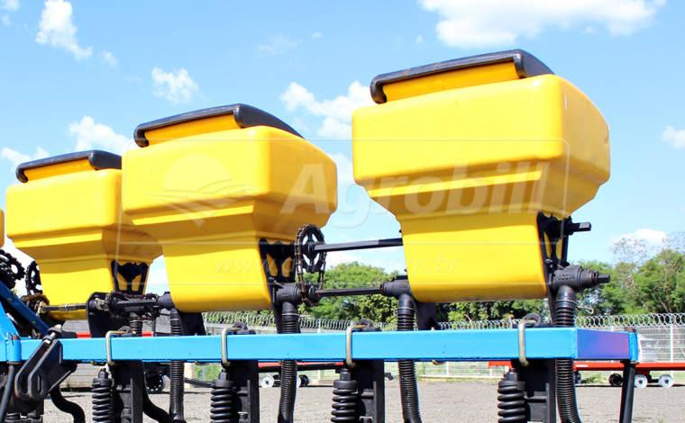 Cultivador – CPD – Cobertura para Plantio Direto 10 linhas 5 caixotes - Cultivadores - Piccin - Agrobill - Tratores, Implementos Agrícolas, Pneus