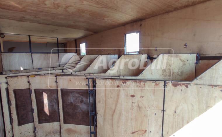 Usado / Baú para Transporte de Cavalos / Comporta até 6 Cavalos - Baú - Mercedes-Benz - Agrobill - Tratores, Implementos Agrícolas, Pneus