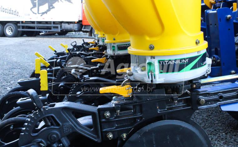 Plantadeira de Plantio Direto PST 4 Flex 4045 / 9/8 linhas de 50 CI MH DC 20″ CSU Titanium – TATU > Novo - Plantadeiras - Tatu Marchesan - Agrobill - Tratores, Implementos Agrícolas, Pneus
