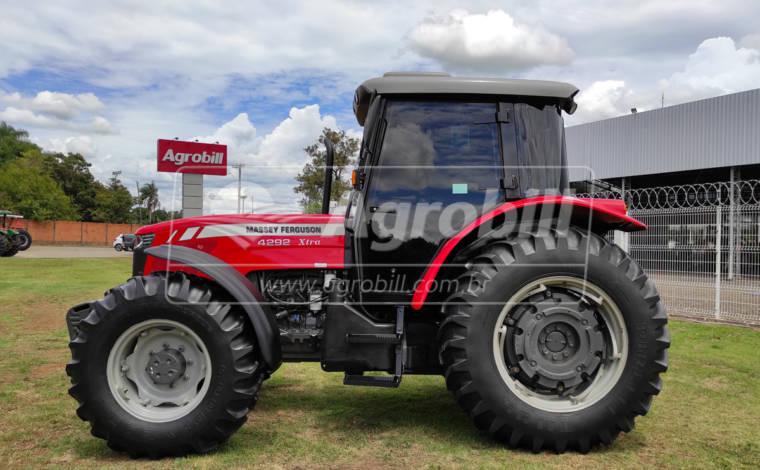 Trator MF 4292 4×4 ano 2018 Cabinado Original c/ 2005 horas - Tratores - Massey Ferguson - Agrobill - Tratores, Implementos Agrícolas, Pneus