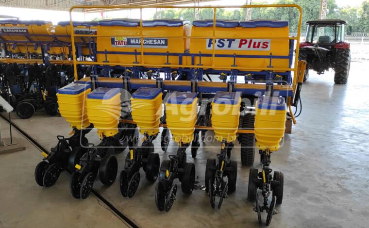 Plantadeira de Arrasto PST Plus 07/06 / com Marcador Hidráulico – Tatu Marchesan > Nova - Plantadeiras - Tatu Marchesan - Agrobill - Tratores, Implementos Agrícolas, Pneus