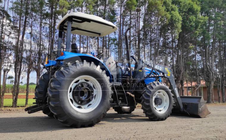 Trator LS TRACTOR 80 Plus 4×4 ano 2014 c/ conjunto de Concha - Tratores - LS Tractor - Agrobill - Tratores, Implementos Agrícolas, Pneus
