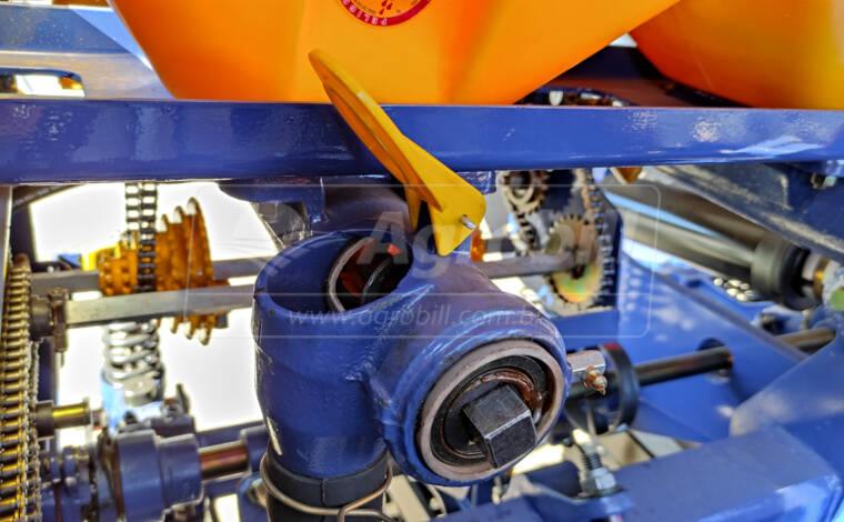 Plantadeira PST Plus Flex 4845 / 10 linhas de 50 / Condutor Inox / Marcador hidráulico / Disco de corte 20″ / Titanium – TATU > Novo - Plantadeiras - Tatu Marchesan - Agrobill - Tratores, Implementos Agrícolas, Pneus