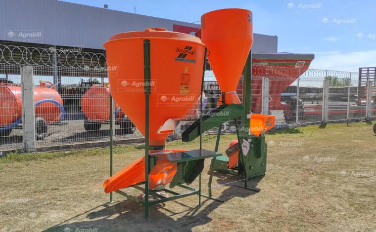 Mini Fábrica de Ração: Triturador de Milho TIN 3 + Misturador de Ração balanceada 500 kg – Incomagri > Novo - Misturador de Ração - Incomagri - Agrobill - Tratores, Implementos Agrícolas, Pneus