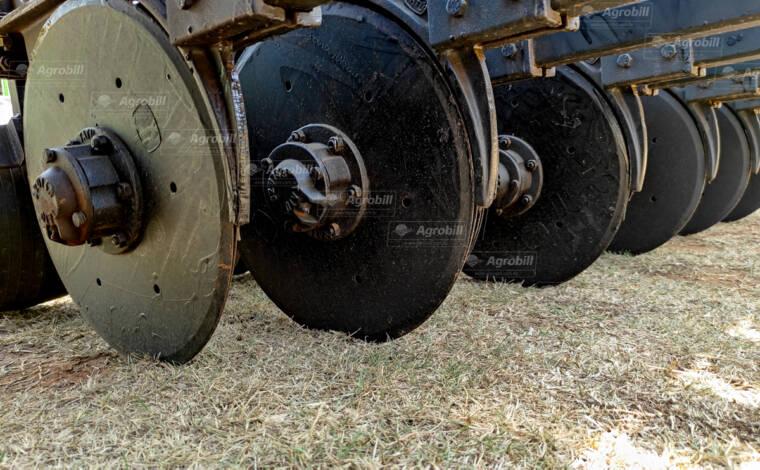 Semeadeira Hidráulica PSH3 / 11 linhas Disco Duplo / Compact largo – TATU > Novo - Semeadeira - Tatu Marchesan - Agrobill - Tratores, Implementos Agrícolas, Pneus