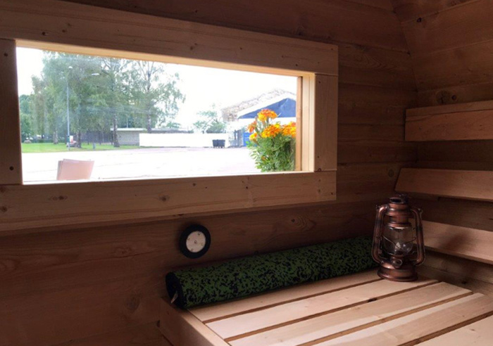 sauna-oeuf-interieur-fenetre