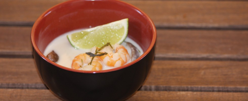 Zuppa di pesce thailandese Tom Yam  Agrodolce