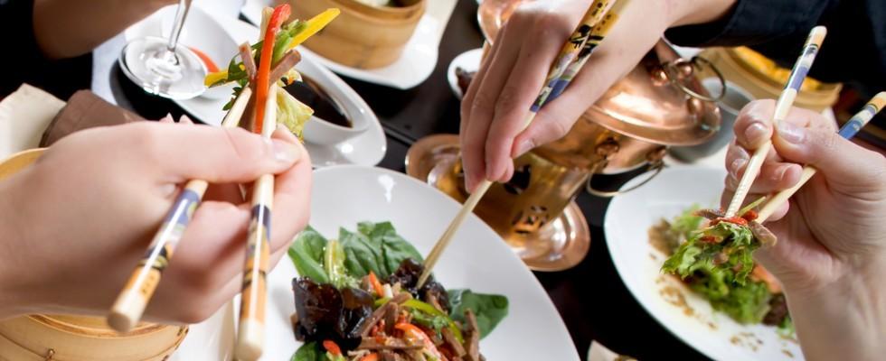 12 ragioni per mangiare in un ristorante etnico  Agrodolce