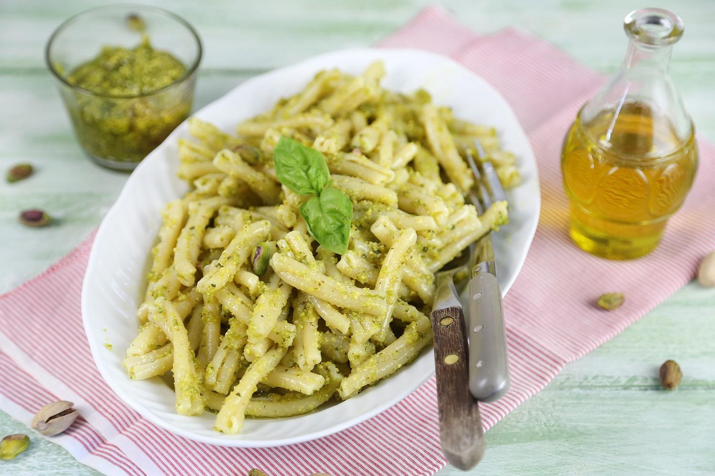 Ricetta Pasta al pesto di pistacchi  Agrodolce