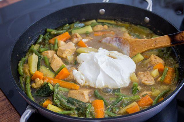 Pollo al curry-la-verduras-con-7-