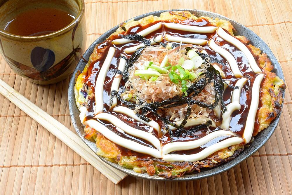 Cucina giapponese cos un okonomiyaki  Agrodolce