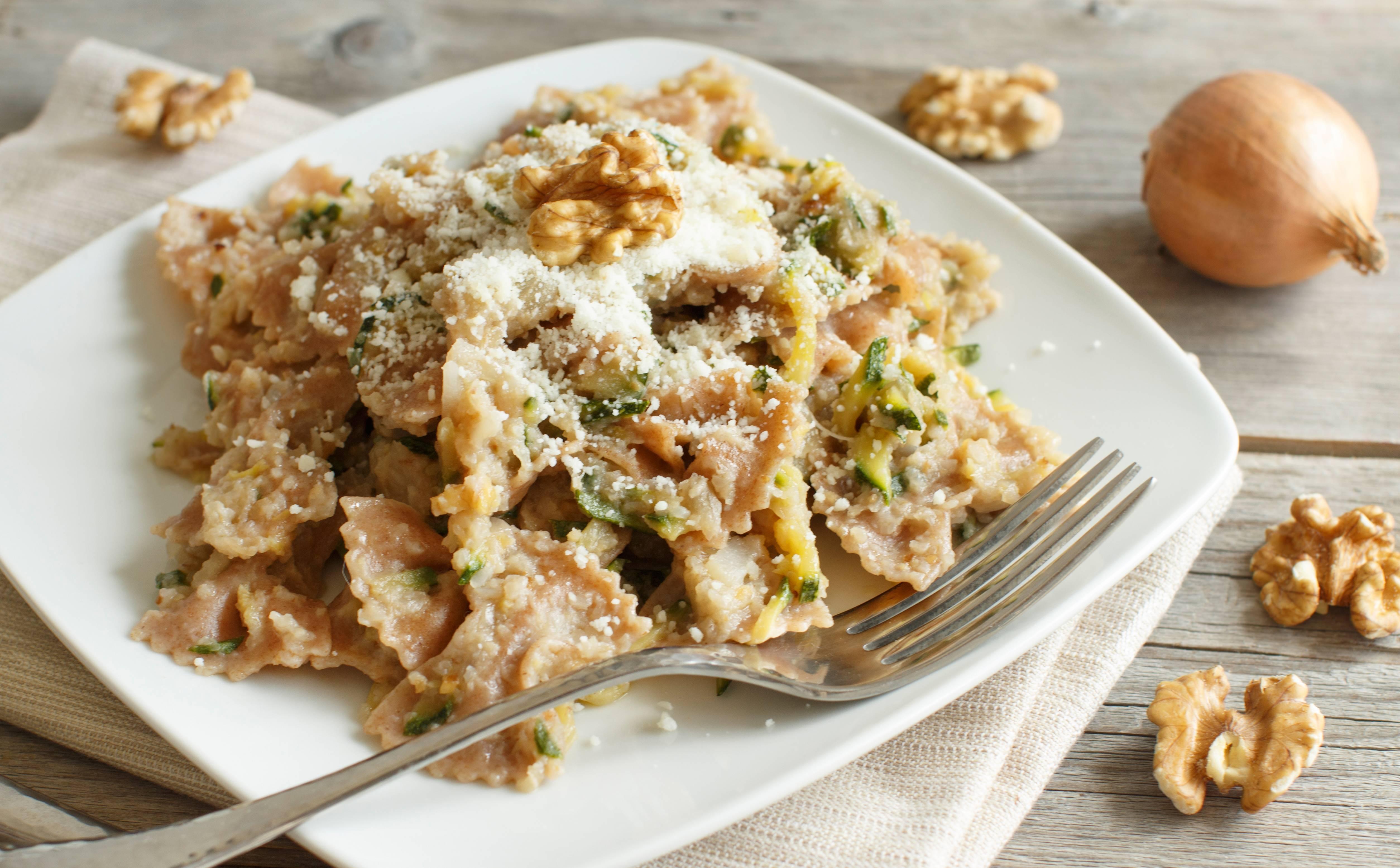 Ricetta Pasta carciofi zucchine e noci  Agrodolce