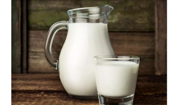 Κατεβαίνει το αιγοπρόβειο,  ανεβαίνει το αγελαδινό γάλα.