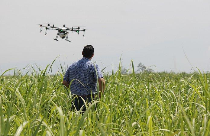 Опыт внедрения БПЛА в агробизнес: ИМК, Syngenta, Кернел, Агро-Регион, Carefield