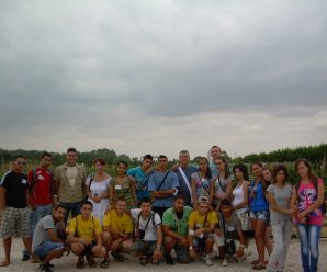 Estudiantes búlgaros se interesan por la agricultura ecológica rinconera