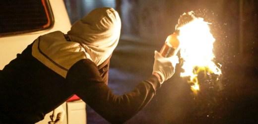 Molotov e teste di maiale a scopo intimidatorio, arrestato un 38enne