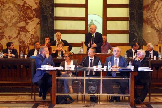 SAL - 23 06 2011 consiglio comunale nella foto de luca Foto Tanopress