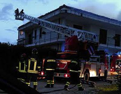 incendio_carabinieri_fuoco