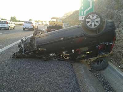 incidente_auto_ribaltata_salerno_reggio_2