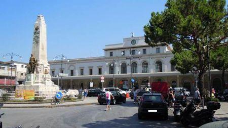 salerno-piazza-ferrovia