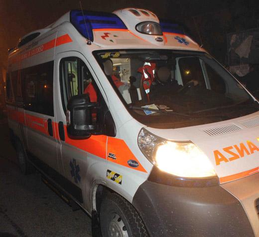 ambulanza-evidenza-notte-02