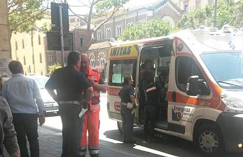 Humanitas_Ambulanza_Polizia_Stazione_2