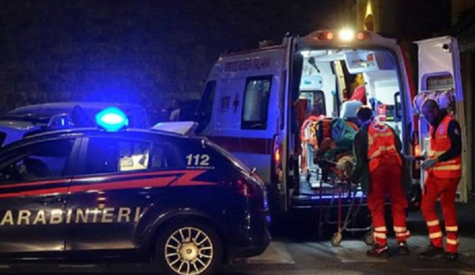 ambulanza_e_Carabinieri