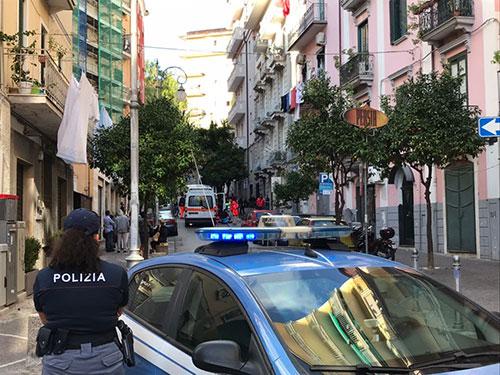 Polizia-ambulanza-suicidio-2