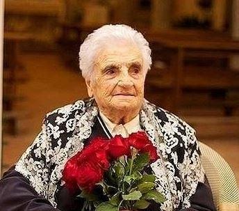 ravello-festeggia-i-104-anni-di-nonna-nunziatina-180742