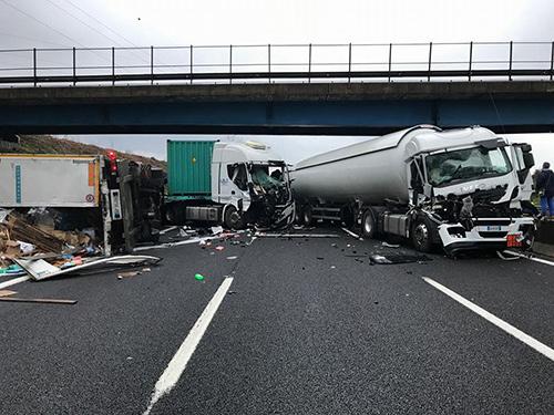 incidente-autostrada-camion
