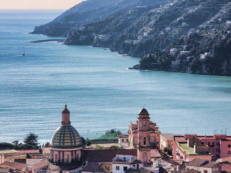Vietri-sul-mare-Costiera-Amalfitana-Shutterstock