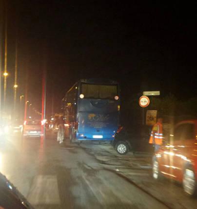 autobus-notte-litoranea-traffico-incidente