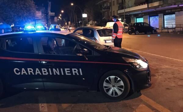 controlli-carabinieri-auto-notte