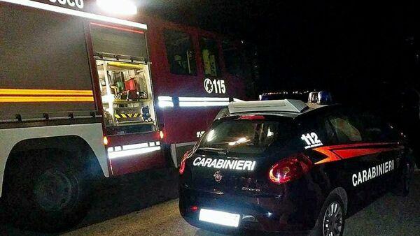 Carabinieri-e-Vigili-del-fuoco-sul-luogo-dellincendio-2