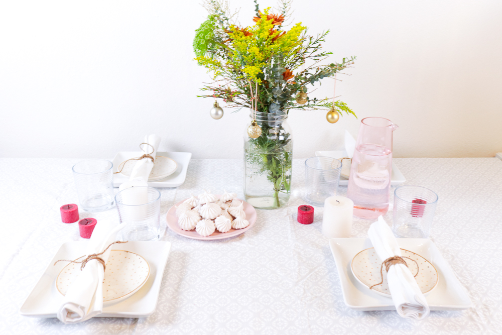 holiday-table-blog-hop-ahappyblog-christmas-cc1
