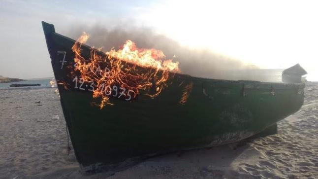 الداخلة .. حملات المراقبة تواصل إطاحتها بالقوارب الغير قانونية بسواحل الإقليم