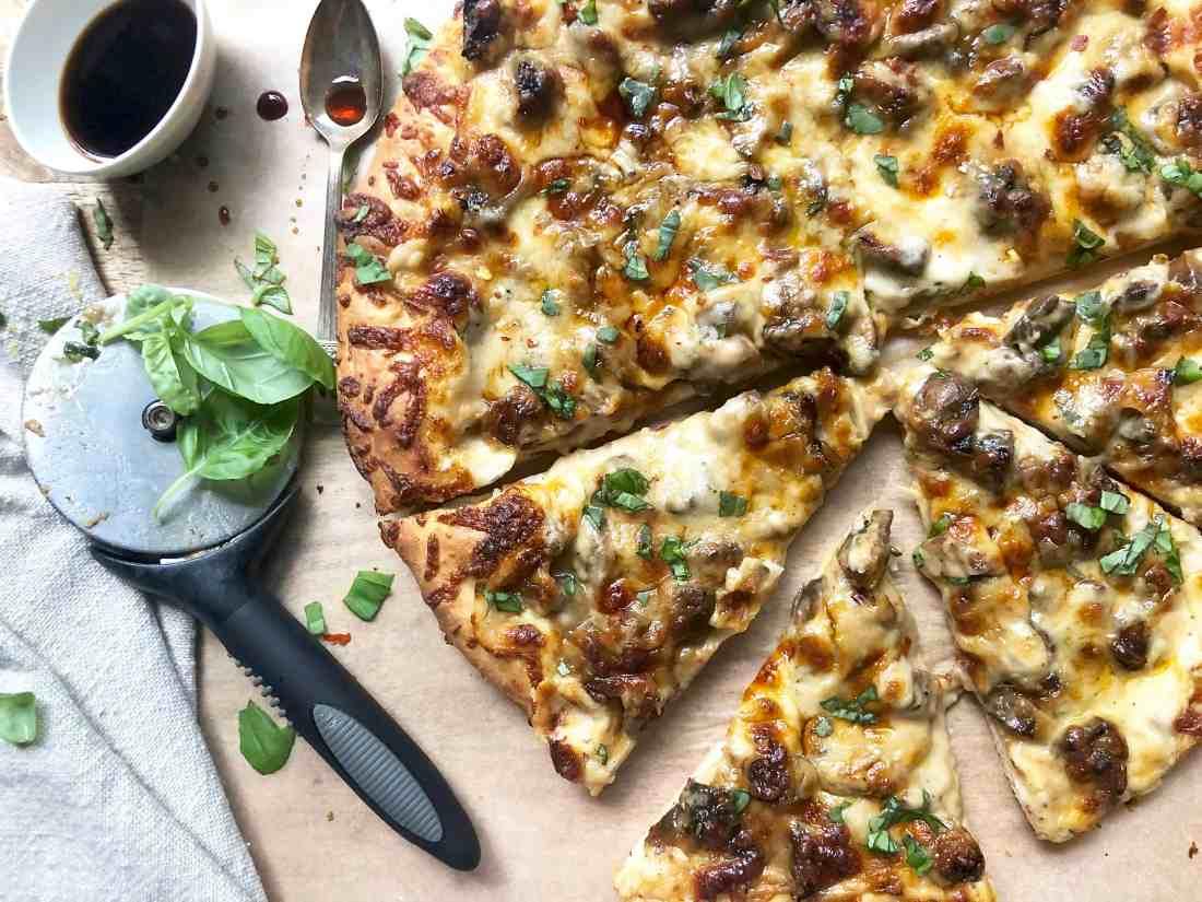 mushroom marsala pizza