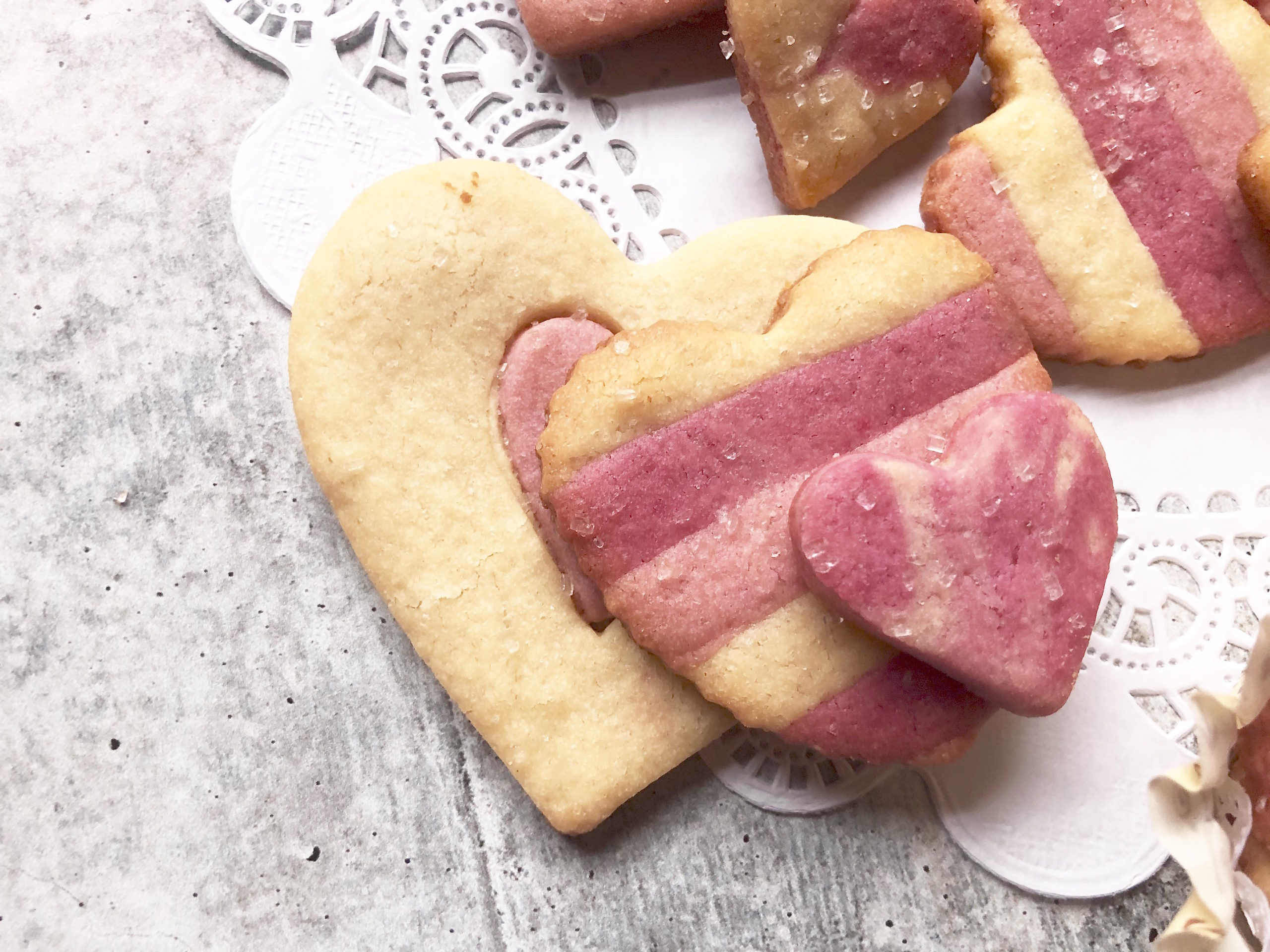heart cutout cookies