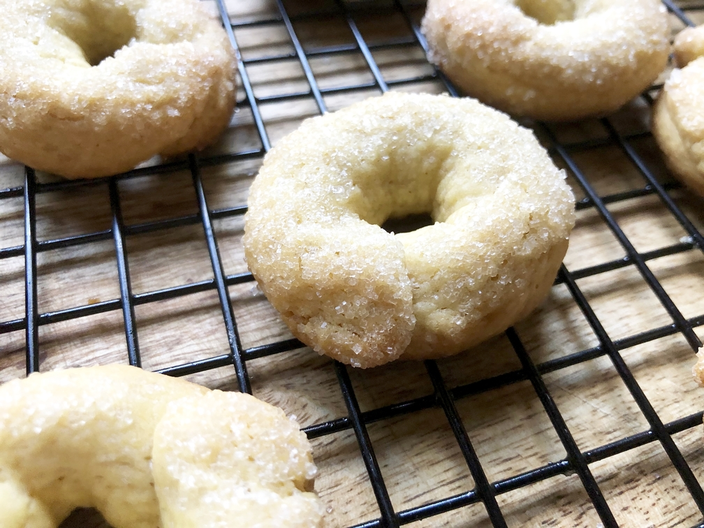 einkorn flour cookies with olive oil & wine