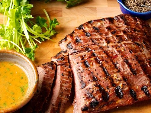 شرائح اللحم بالخل والماسترد