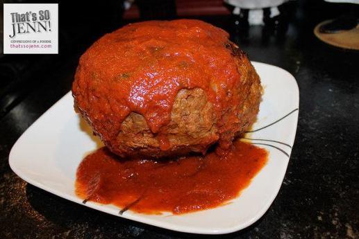 كرة لحم محشية سباغيتي