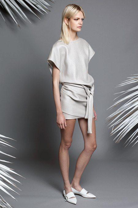 Jay Ahr قماش غريب ومميز جداً لتشكيلة 2015