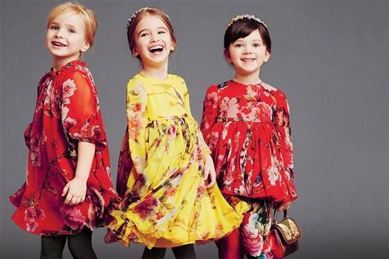أزياء شتاء 2015 للفتيات من دولتشي آند غابانا