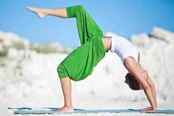 اليوغا رياضة الجسد والروح