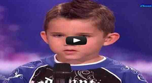 فيديو طفل عمره 6 سنوات أبهر لجنة التحكيم بموهبته الفريدة