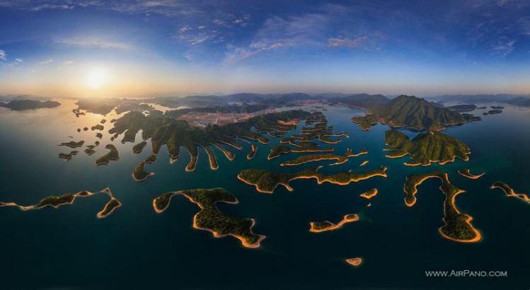 بحيرة الألف جزيرة – الصين