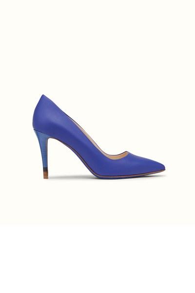 مجموعة جديدة من احذية فندي
